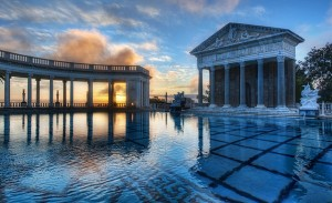 Now that's a big pool! (CC BY-NC-SA 2.0 licensed image by Trey Ratcliff, Flickr user stuckincustoms)